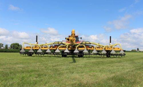 Bazooka Farmstar Titan GenTill Manure Application Toolbar in Field